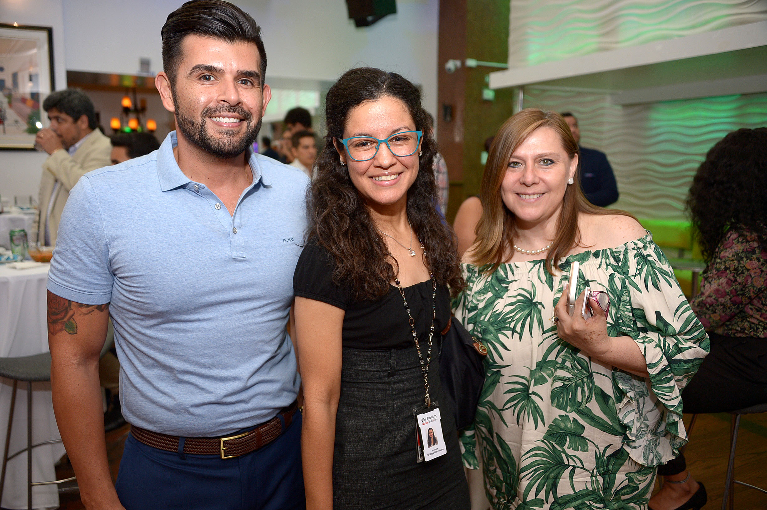 Philadelphia Hispanic Chamber holds huge networking mixer for the Lati...