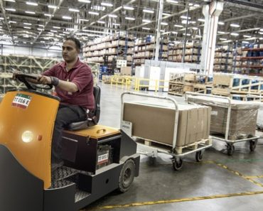 Managers shake up warehouse shifts ahead of peak season