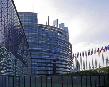 Support for EU remains at historically high level despite sceptics